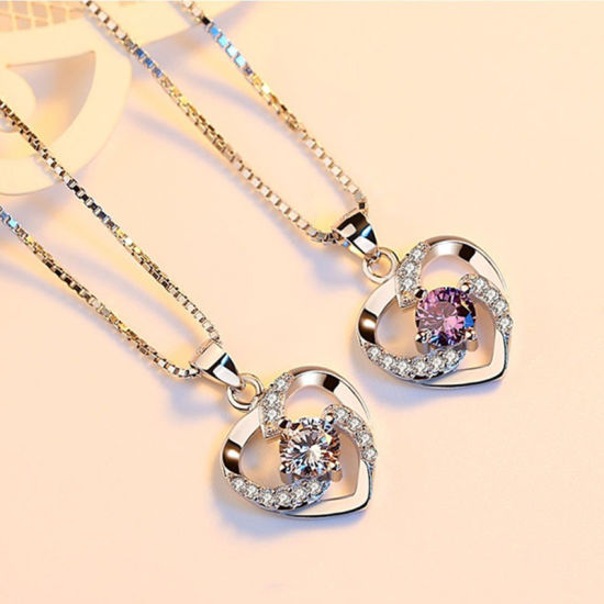 China Promotion Price Dancing Stone Pendant Necklace Diamond