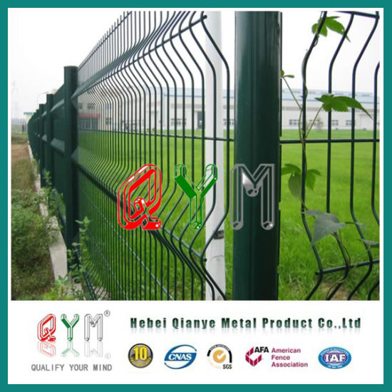 China Qym-Welded Mesh Fence/ Curved Welded Wire Fence Panels - China ...