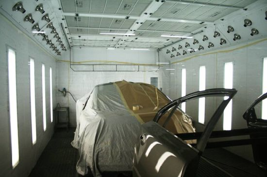 Global Garage Paint Booth Auto Maintenance Equipment