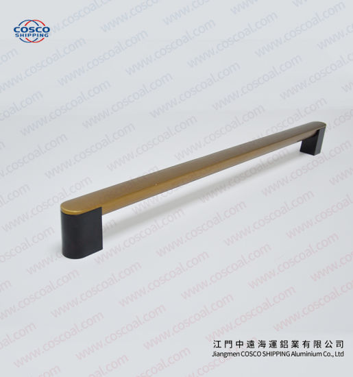 OEM Aluminum Extrusion Door Handle with Anodize pictures & photos