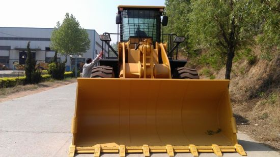 Zl50 Yineng 5 Ton Wheel Loader Yn958 pictures & photos