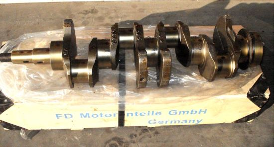 China Engine Casting Crankshaft for Hino - China Auto Parts, Car Parts