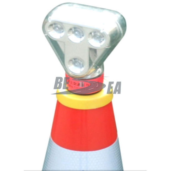Orange with Light Lock Topper 710mm PVC Traffic Cone pictures & photos