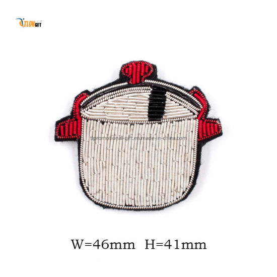 Patches Wholesale Uniform Iron on Sew on Hot Sale Embroidery Patch for Decoration