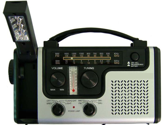 Solar Hand Crank Dynamo AM//FM//WB Weather Radio 3 LED Flashlight USB Charger