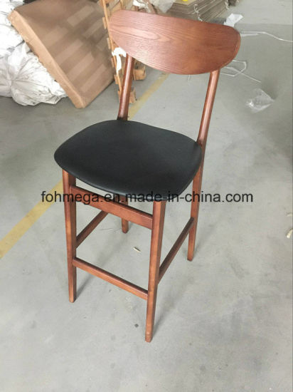 Solid Wood High Chairs with PU Leather Seating Cushion and Backrest pictures & photos