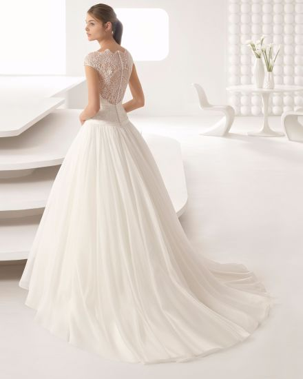 d292fc5c4e China Heavy Beading Lace Top Cap Sleeve Chiffon Wedding Dress ...