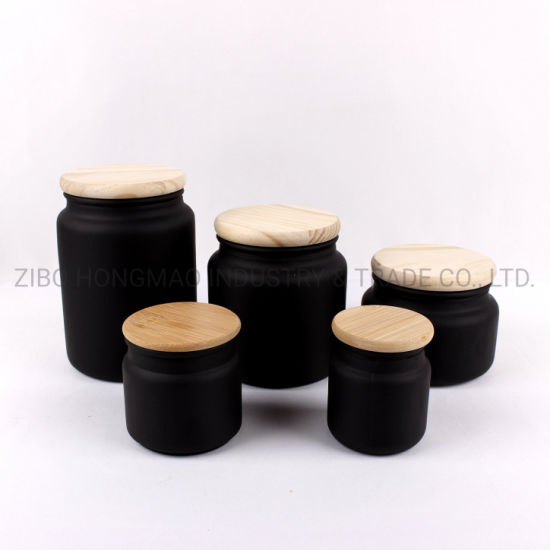 Wholesale 2019 3.5oz 5oz 10oz 17oz 24oz Hot Selling Frosted Glass Candle Container Matte Black Candle Jar with Lid