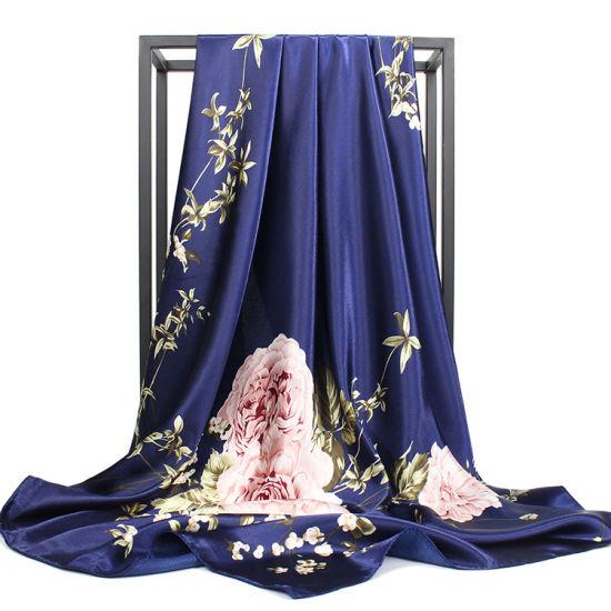 Wholesale Custom Fashion Lady Digital Printing Square Silk Scarf Women