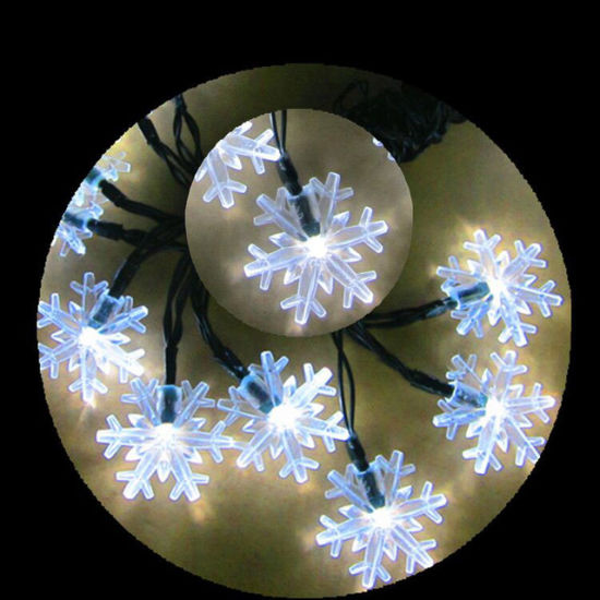 5m/6m/7m Solar Powered Snowflake String Lights 20/30/50 LED Christmas Party Festival Outdoor Garden Patio Decor Lamp pictures & photos
