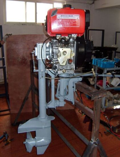 Double Cylinders 4 Stroke 25HP Air Cooled Diesel Outboard Engine pictures & photos