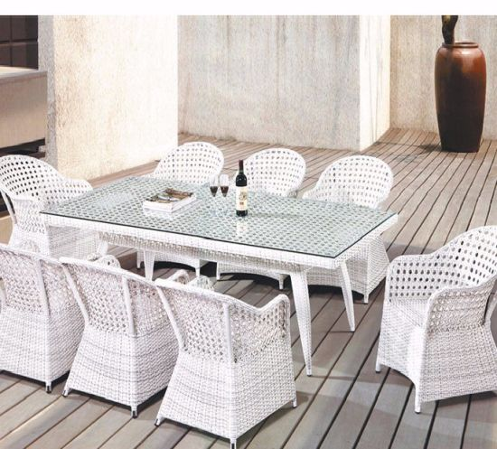 Hot Custom OEM /ODM All Weather Outdoor Furniture Table and Chairs