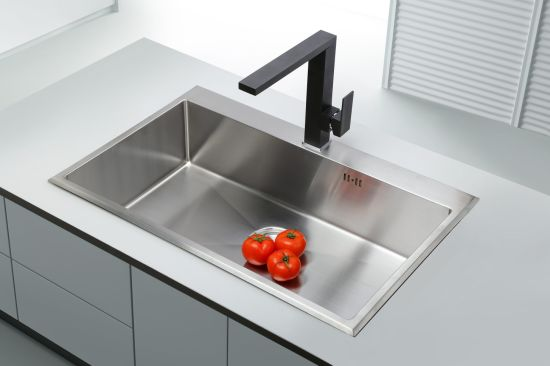 Black Finished Square Kitchen Faucet pictures & photos