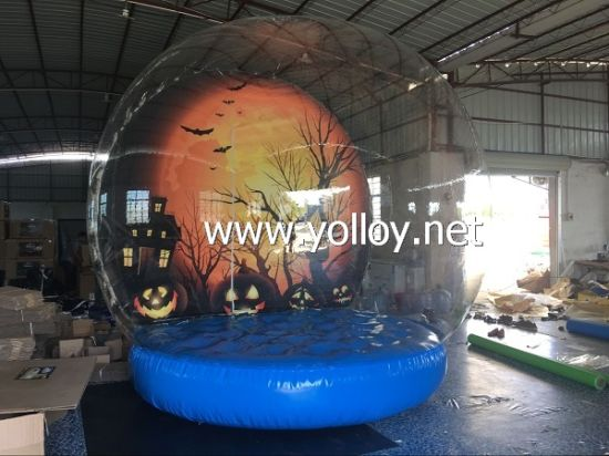 Human Size Halloween Snow Globe with Inflatable Base pictures & photos