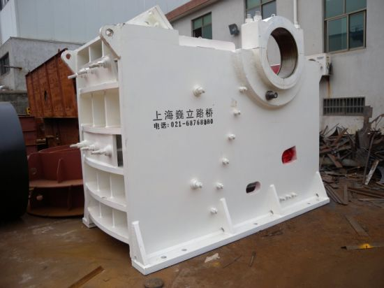 China Capacity 260 T/H Stone New Jaw Crusher for Mining pictures & photos