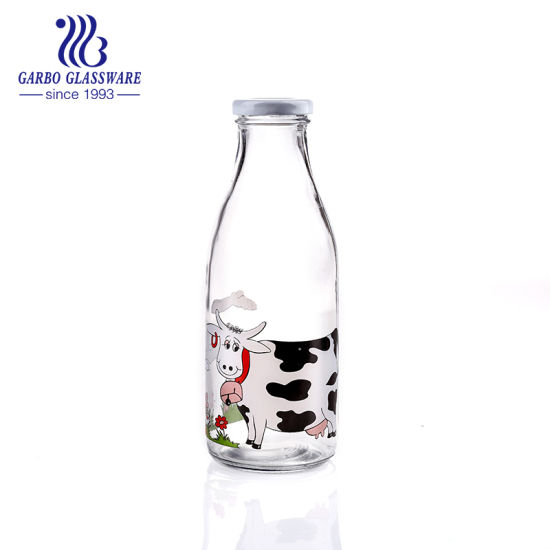 Good Quality Cow Design Glass Bottle Milk Bottle Gallon Water Bottle for 350ml pictures & photos