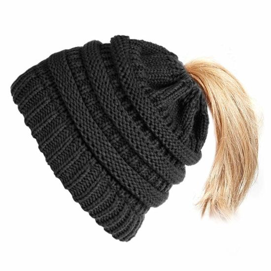 Acrylic Outdoor Winter Warm Stretch Cable Knitted Ponytail Beanie Hat pictures & photos