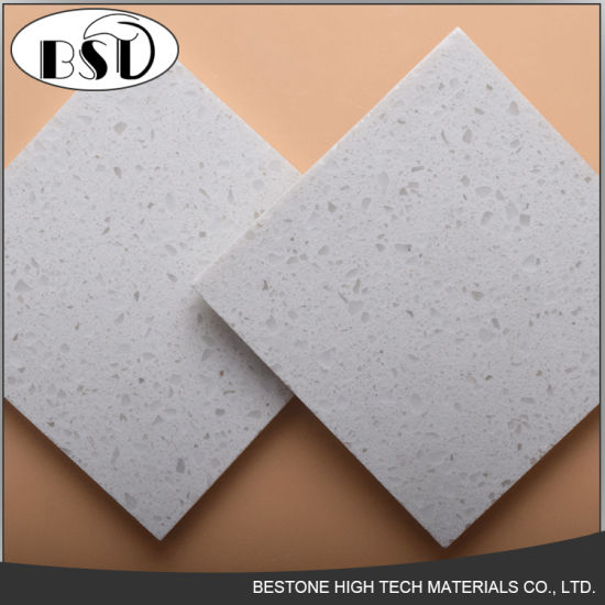 China Durable Artificial Quartz Stone Flooring Tiles With Chips