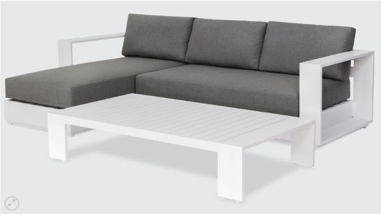 Mosr Hot Sale Outdoor and Living Room Sofa Furniture with Fashion Frame Design