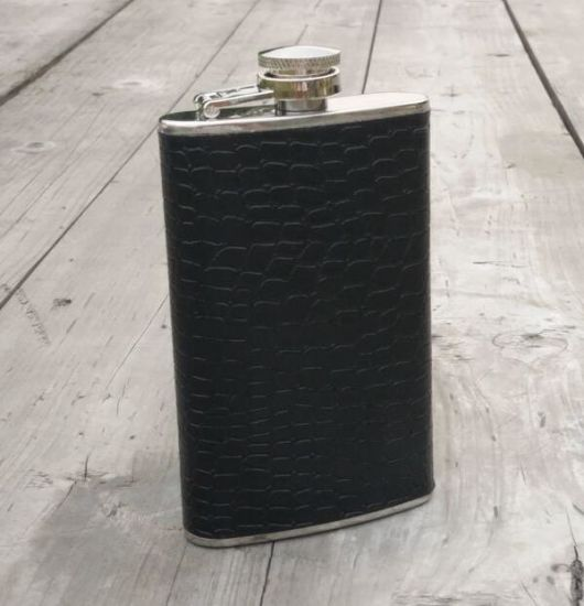 Birthday Gifts for Dads with Stainless Steel 5oz Hip Flask pictures & photos