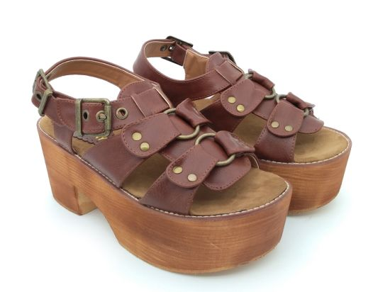 178d7dd5172 China Plus Size Women′s Platform Sandals Wedge Leisure Ankle Strappy ...