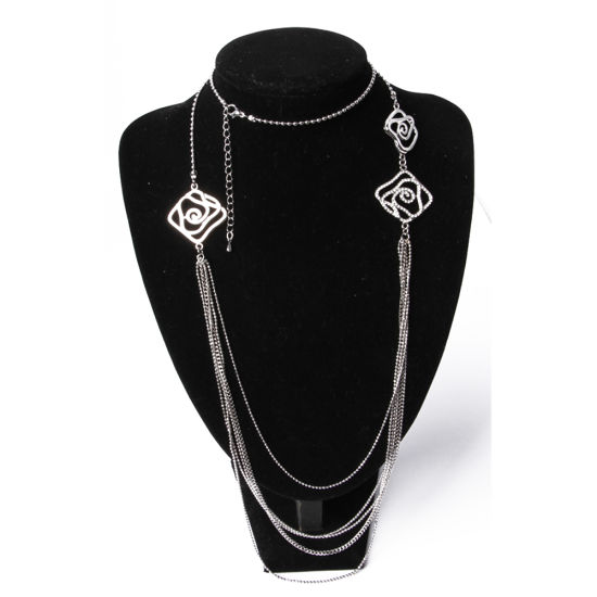 Wholesale Fashion Jewellery Silver Carved Long Pendant Necklace