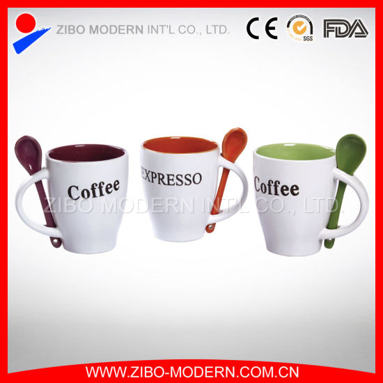 Personalized Color Glazed Coffee Mug with Spoon Insert Handle pictures & photos