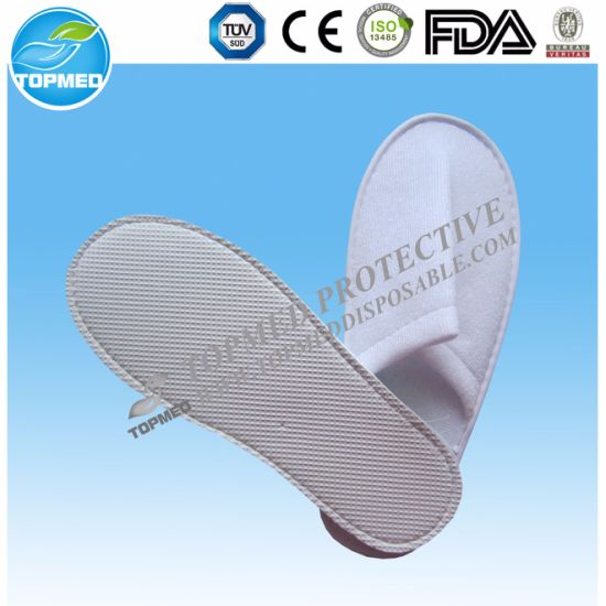 c4aee281729 China Custom Disposable PP Spunbond Non Woven Hotel Slippers - China ...