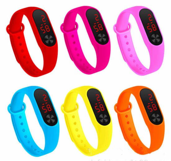 Waterproof High Quality Wrist Watches Digital Rubber Watches with Ladies Watch OEM/ODM pictures & photos