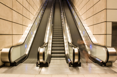 30 Degree 3 Flat Step Public Escalator for Metro Station pictures & photos