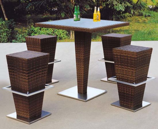 Modern Design Outdoor Rattan Bar Furniture Include Bar Stool And Table