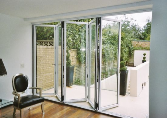 China Pnoc080324ls Aluminum Folding Door with Grill Design - China ...