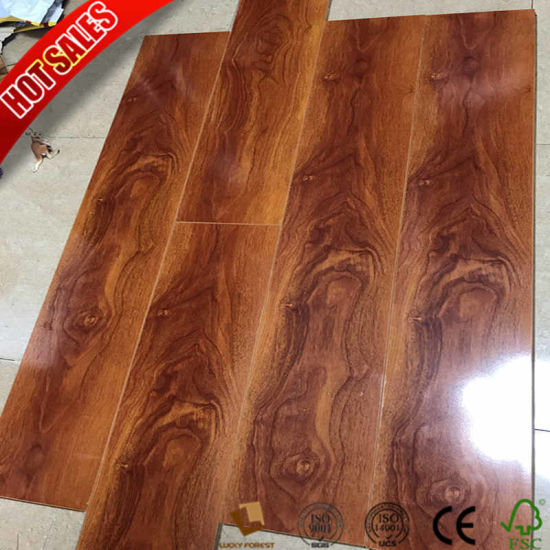 China Cheap Laminate Flooring Honeycomb Mat Underlayment 8mm 10mm