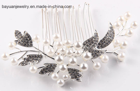 Fashion Women′s Hair Accessoies Crystal Hair Decoration Glass Rhinestone Crystal Hair Comb Hair Ornaments pictures & photos