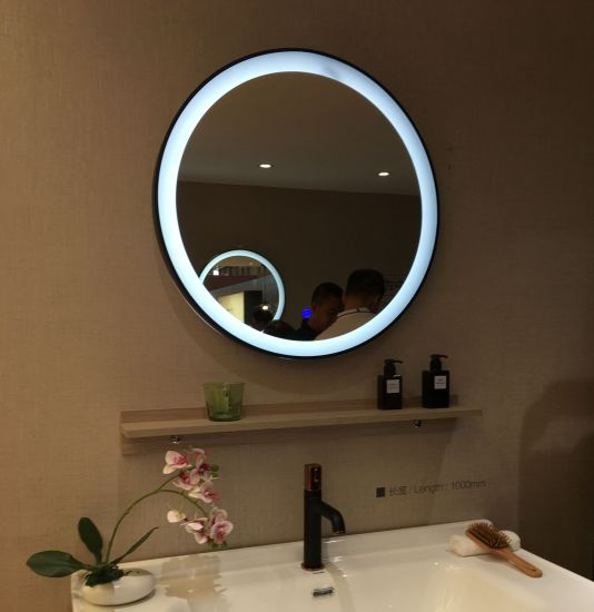 High Quality Town House Bathroom Lighted LED Mirror