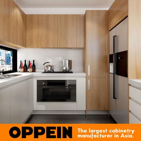 China Modern White Matte Lacquer And Wood Grain Melamine Kitchen
