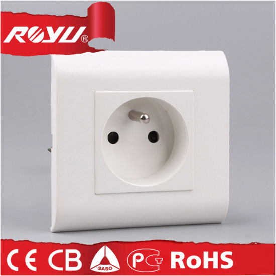 Module Design PC Material Grounding 2p+T French Type Socket