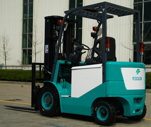 (2.5ton) Four-Wheel Electric Forklift for Warehouse pictures & photos