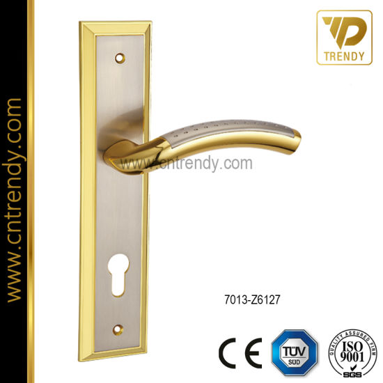 Backplate Wooden Door Handle Lock Set Front Door Handle (7013 Z6127)