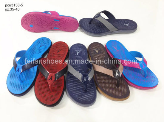 59e9b6ac4037c Women PVC Slippers Sandals Flip Flops with Good Price (YG828-3) pictures