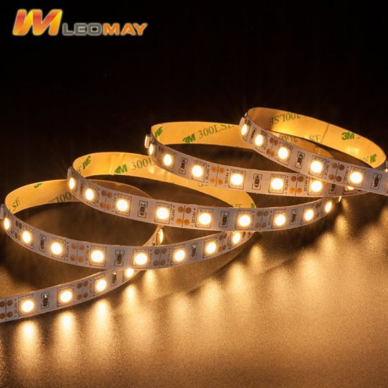 UL Certified Single Color 2700K Dimmable SMD5050 14.4W/M Flexible LED Strip pictures & photos
