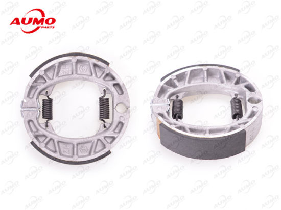 Rear Brake Shoes Assy for Piaggio Zip 50 2t/4t pictures & photos