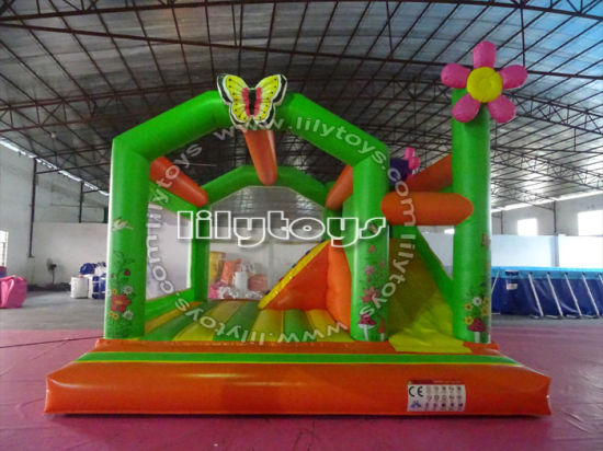 Customized Hot Sale Inflatable Bouncer Jumping and Bouncy Castle