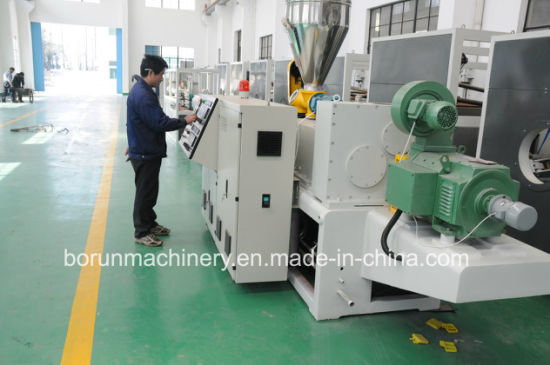 PVC Window and Door Profile Extrusion Production Line pictures & photos