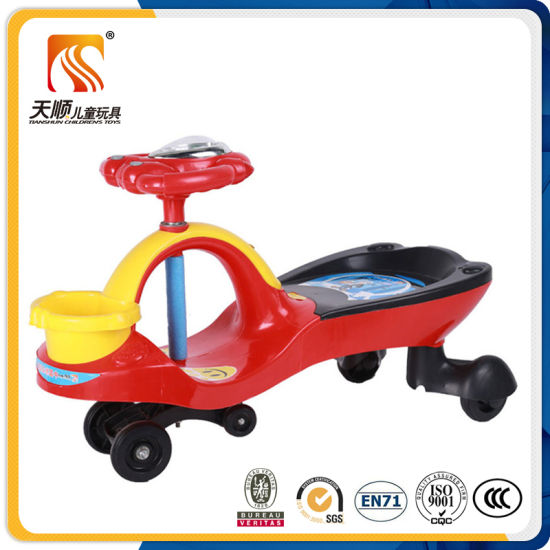 2016 Popular New Design Swing Car with Anti-Slip Pedal pictures & photos
