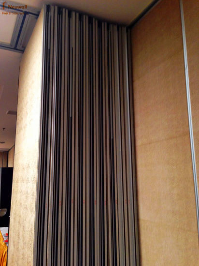 Soundproof Partition Walls for Hotel/Conference Room/Multi-Purpose Hall pictures & photos