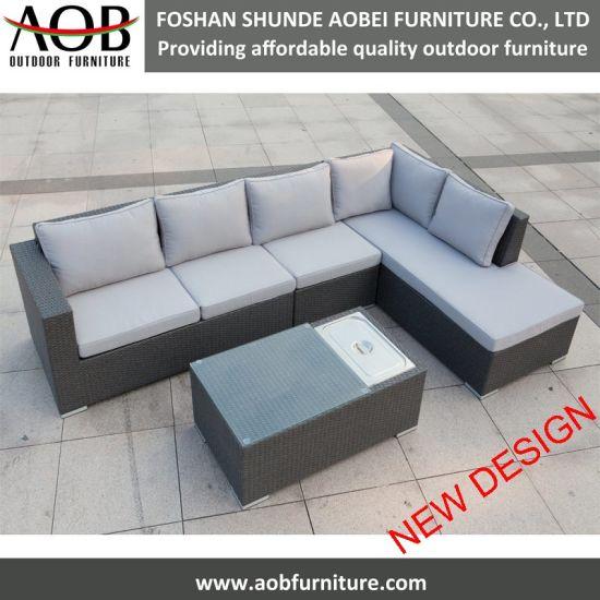 China Outdoor Rattan Lounge Sofa Garden Furniture Sectional Corner