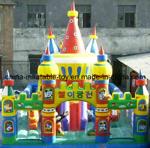 Giant Inflatable Bouncy Castle in Outdoor (FC-004)