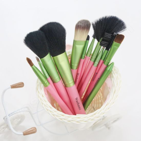Washami 12PCS Wholesale Face Skin Care High Quality Makeup Brush Set pictures & photos