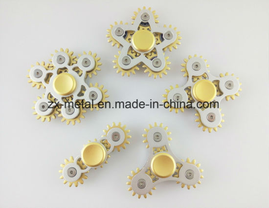 Multi Gear Linkage Aluminum Metal Hand Fidget Spinner Toys pictures & photos